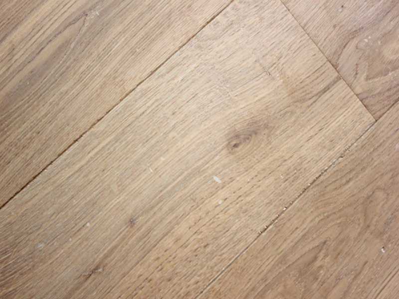 Subtly Distressed Pale Oak