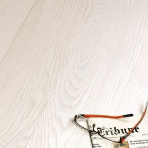 Brushed White Lacquered Engineered Boards