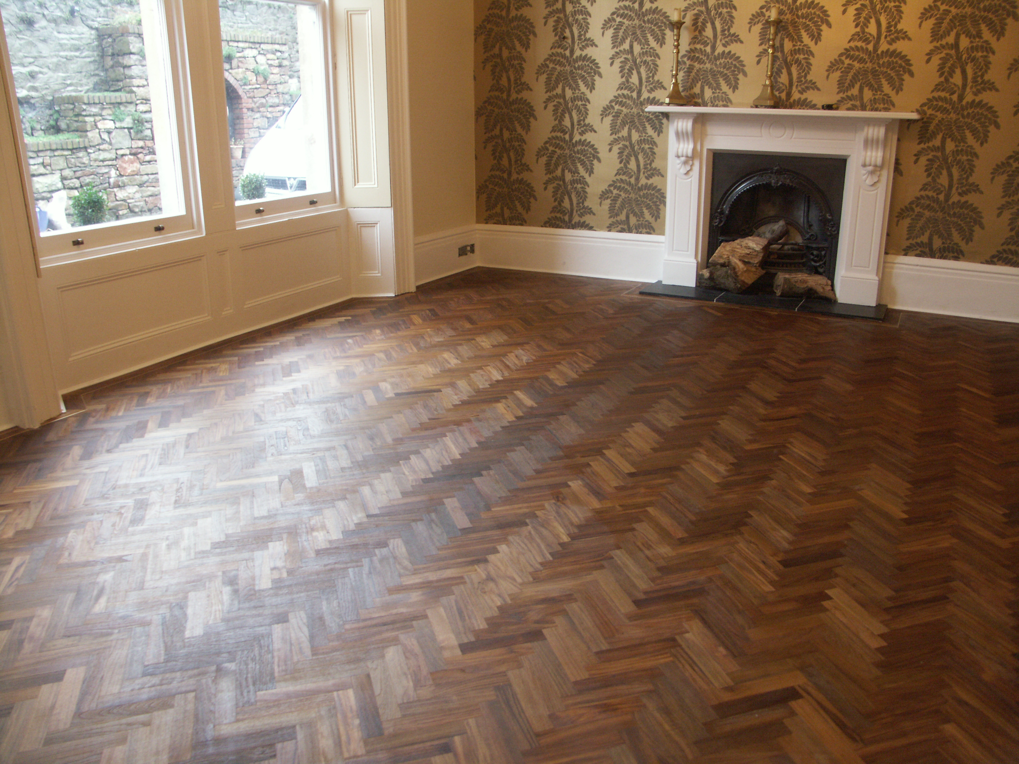 Teak Herringbone Floor Hicraft