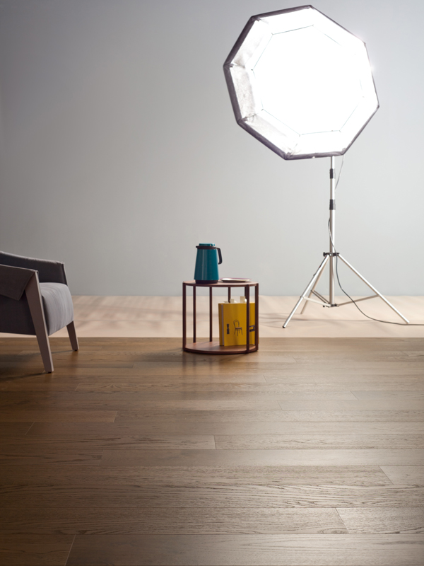 Contemporary Oak Flooring - elegant and sphisticated dark oak flooring from Listone Giordano