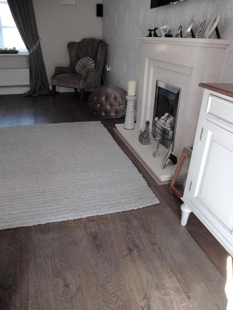 Bevelled Edge Grey Brown Traditional Oak Engineered Floor