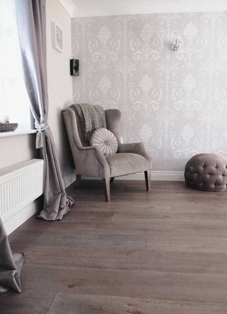 Oiled Pale Grey Oak Wide Plank Traditional Wood Floor