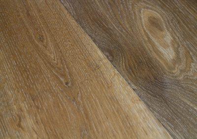 Oiled Caramel-toned Engineered Oak