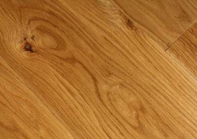 Hand Finished Honey-toned Oak