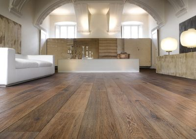 Wide Italian Engineered Oak