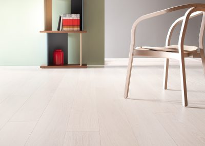 Pale White Grained Oak