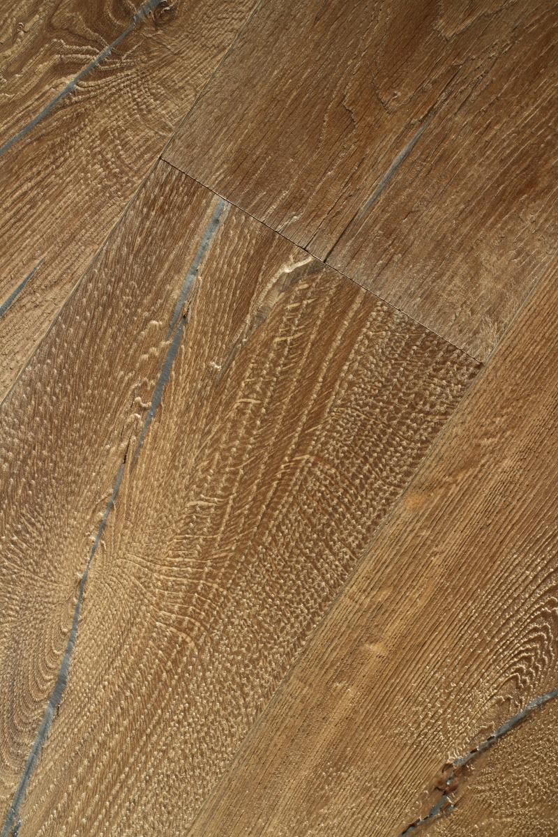 Engineered Textured Distressed Oak Wooden Floor
