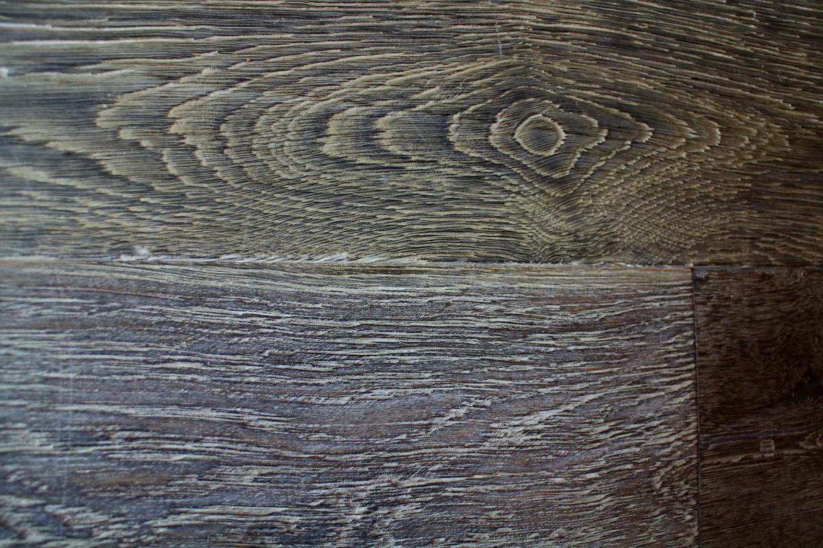 Oiled Dark Grey Engineered Oak Flooring With Knots