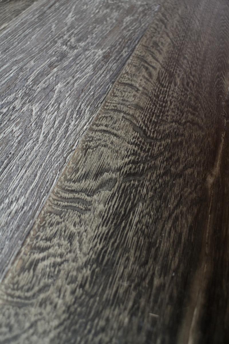 Dark Oiled Oak Planks For Underfloor Heating