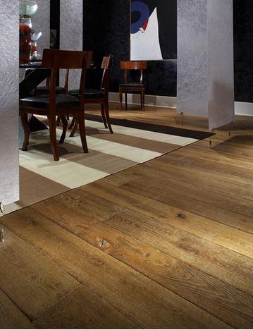 Engineered Brown Oak Distressed Worn Rustic Floor