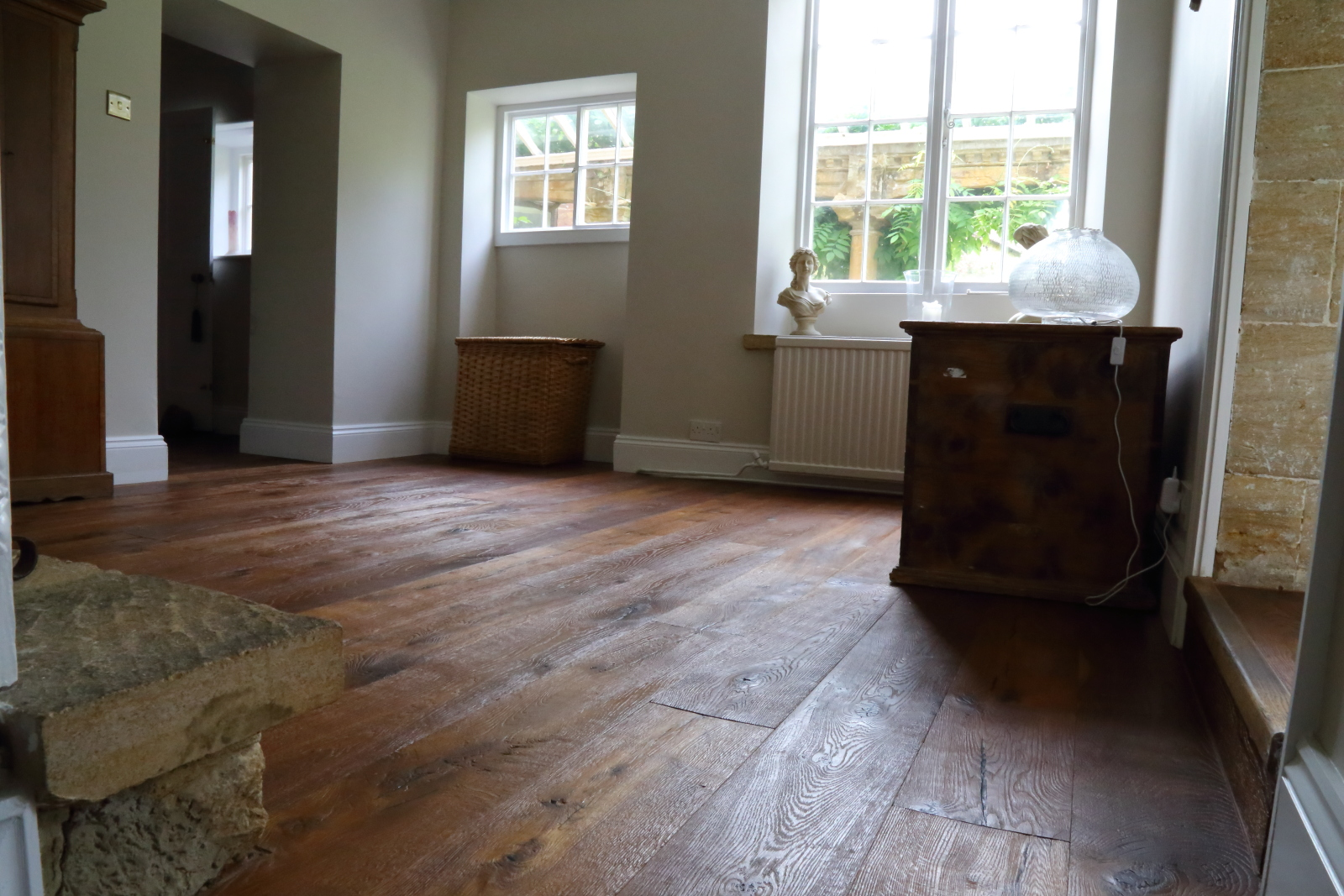 Distressed engineered oak flooring, handfinished in Italy to produce this beautiful antique oak flooring. Product code HC7350. Contact Hicraft Flooring for more details