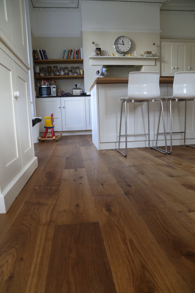 Lightly Smoked Oak Flooring from Hicraft Flooring, Product Code HC2904