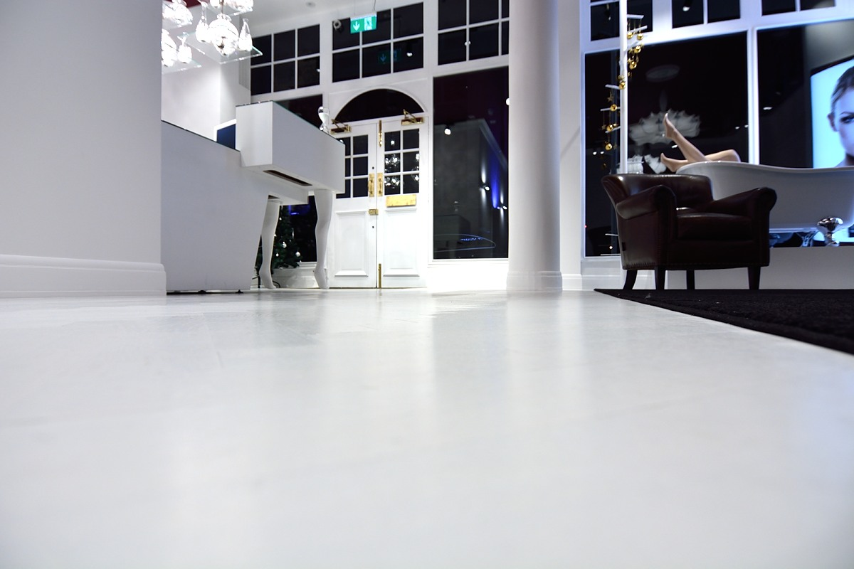 White Herringbone Flooring code HC7302 - stunning white laquered square edged oak herringbone flooring. We supply a huge range of wooden flooring throughout the UK and to our international clientele. Call us for more information!