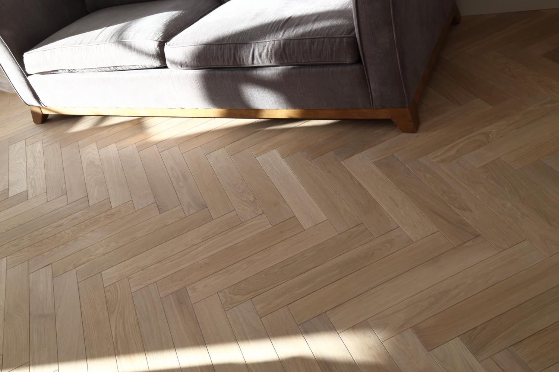 Natural Raw Oak Herringbone Flooring