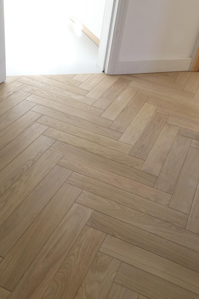 Traditional Parquet Pale Oiled Oak Herringbone Wooden Floor