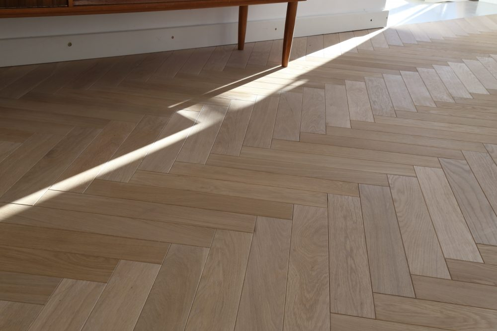 Natural Raw Herringbone Parquet Hicraft