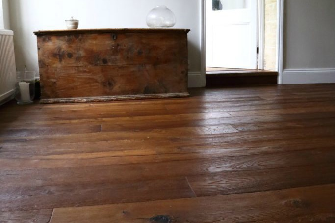 Distressed antique engineered oak