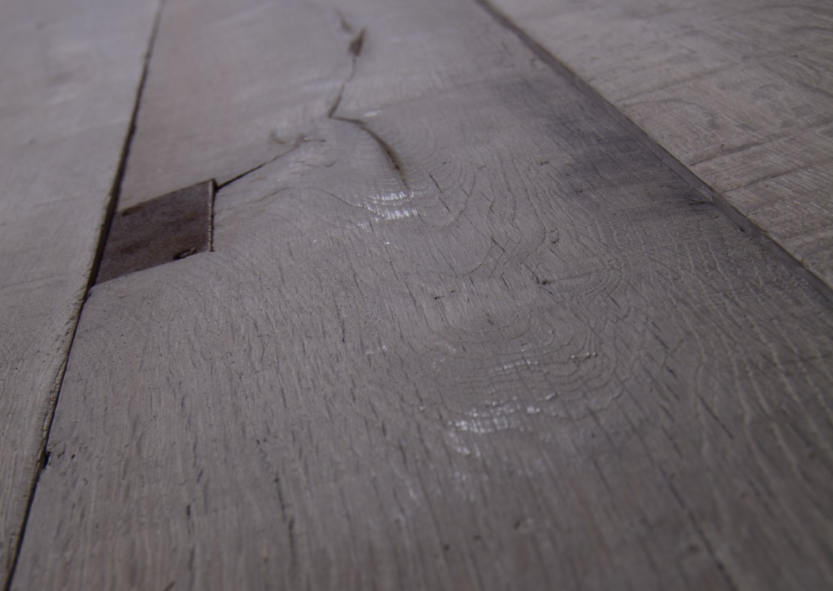 Mid grey Antique distressed oak