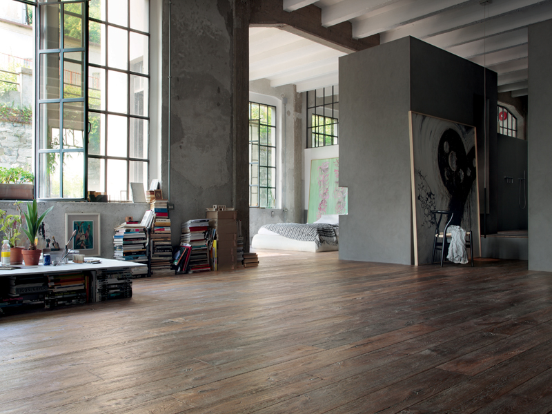 HC3044b Hand Distressed White grained oak flooring - limed oak, brushed and deeply textured.