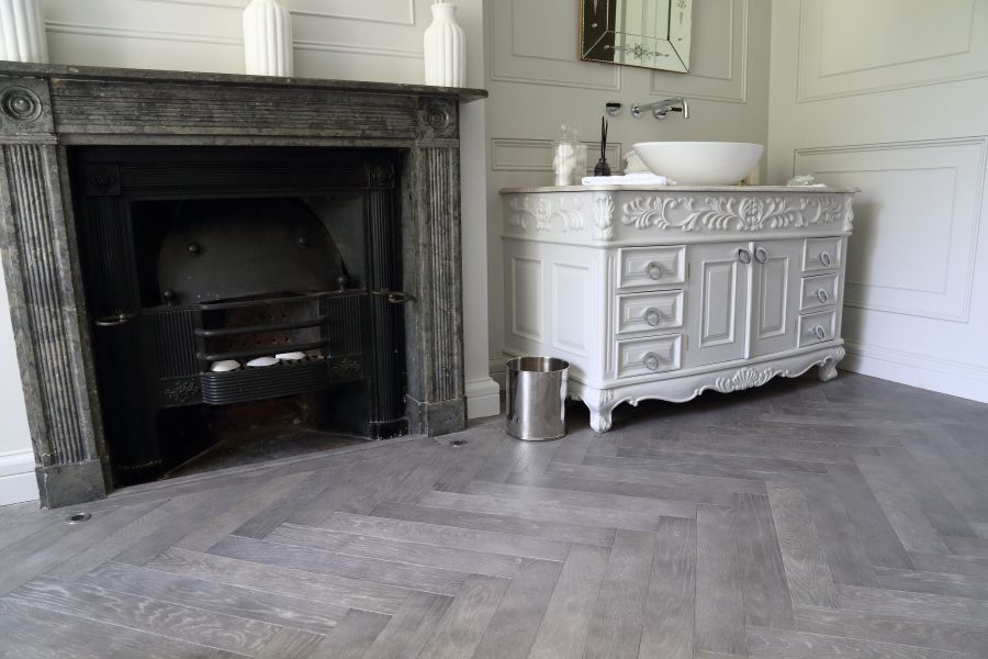 Cloudy Grey Oak Herringbone Flooring Hicraft