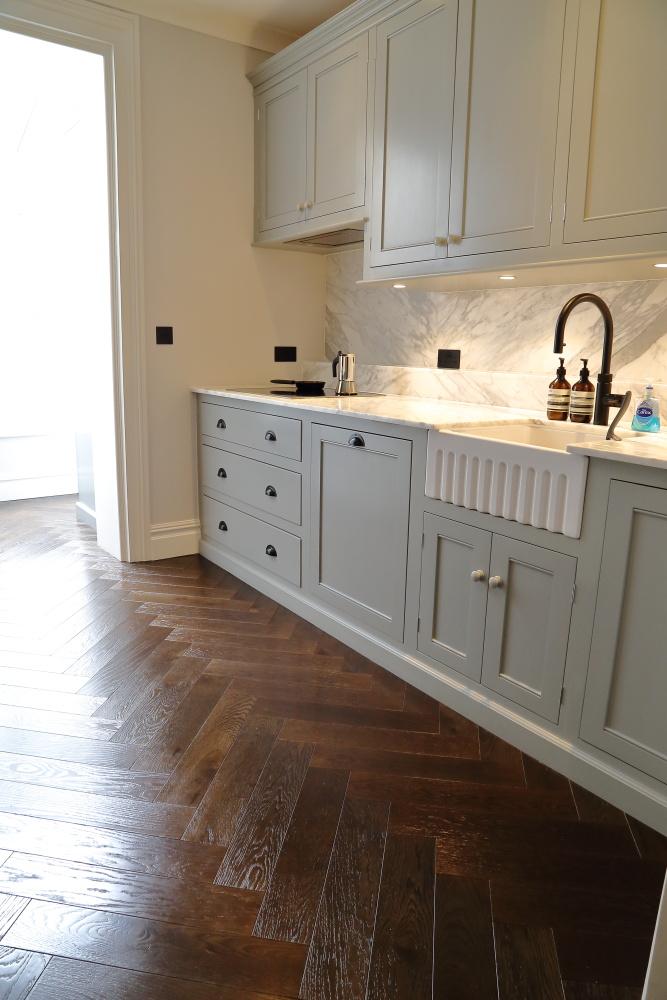Glossy Engineered Oak Herringbone Wooden Floor